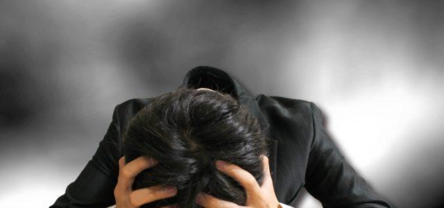 人間関係の悩みや不愉快な現実を引き寄せる心の仕組み(防衛機制)